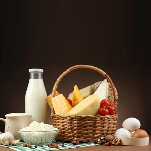 ۸ ماده غذایی که پس از گذشت تاریخ مصرفشان، نباید خورده شوند